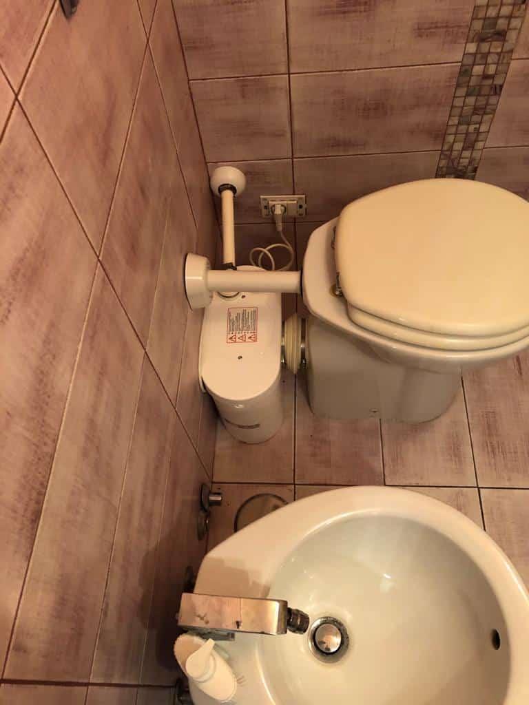Un Sanitrit per WC che abbiamo installato nel bagno di un nostro cliente